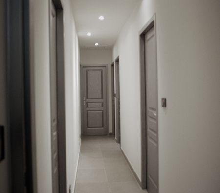 peindre un couloir  refaire la cage descalier en 2018  Pinterest  Couloir Couloir gris et
