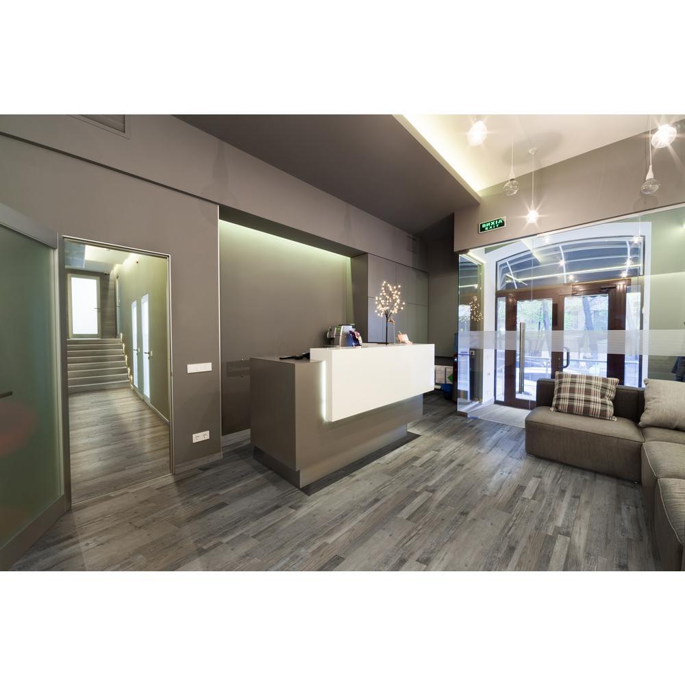 MSI Woodland Ashen Estate 7 in. x 48 in. Rigid Core Luxury