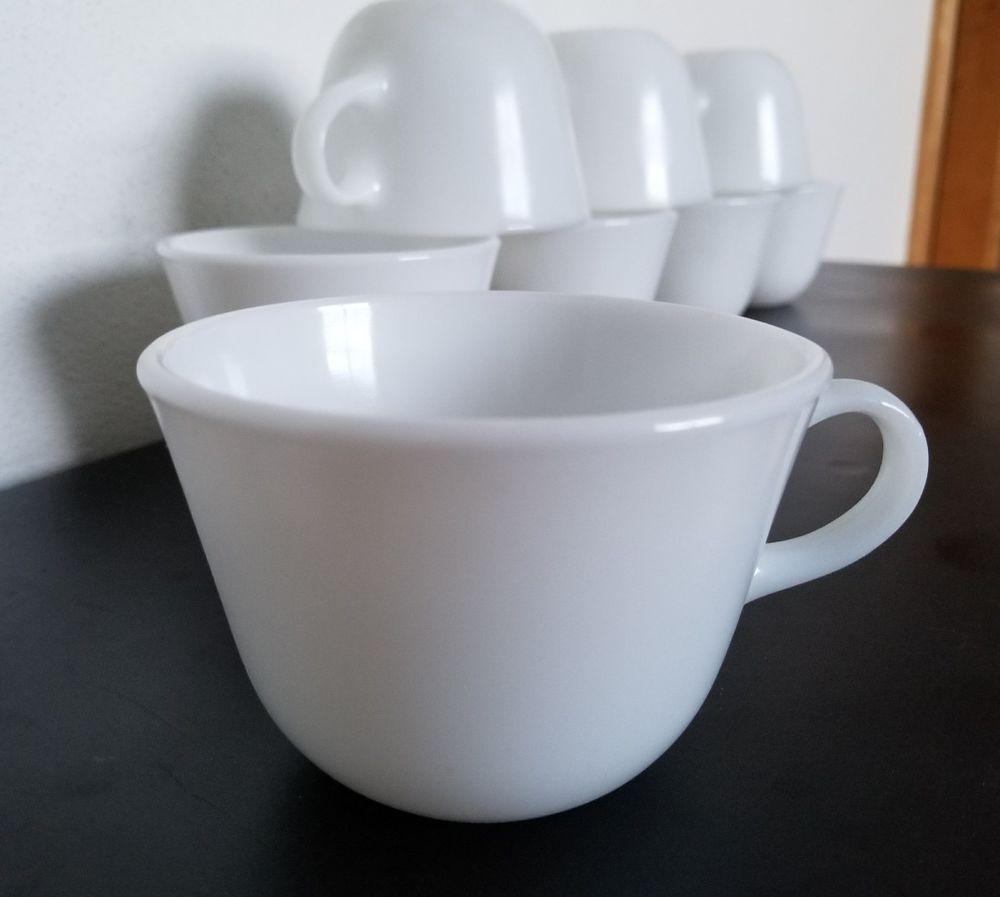 f20bc3e9d12 VINTAGE Mid Century Set of 8 White CORNING MILK GLASS Tea Coffee ...