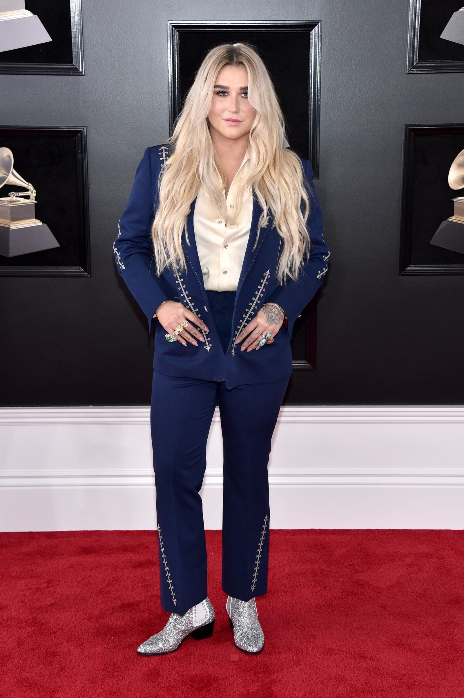 Kostüm Roter Teppich See All The Best Looks From The 2018 Grammys Red Carpet