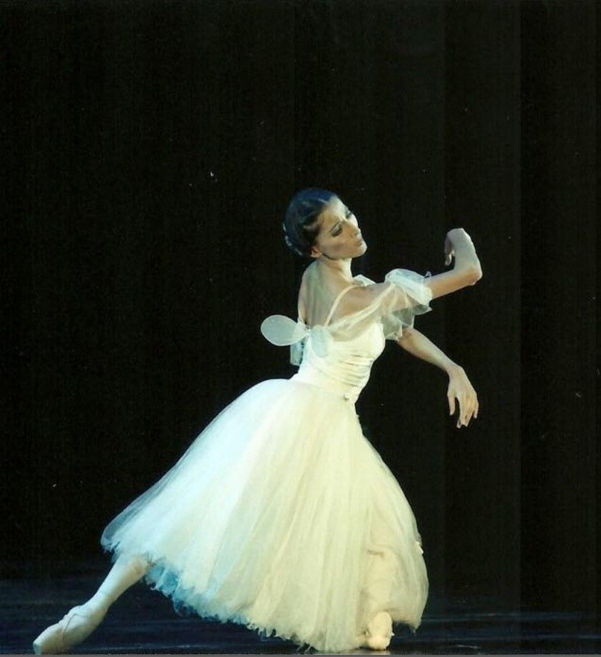 "Natalia Berrios : Primera Bailarina del Ballet de Santiago""Giselle"