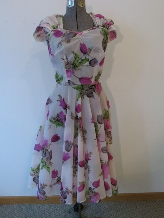 40s Tulip Print Day Dress. Party Dress.  by VereDeVereVintage, $75.00