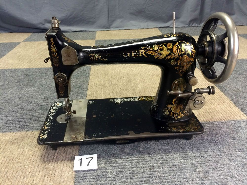 SHABBY SERVICED WORKS GREAT ANTIQUE 1904 SINGER 27 ORNATE TREADLE SEWING MACHINE #Singer