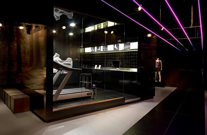 Nike running club by staat amsterdam sports shops Interior design shops amsterdam
