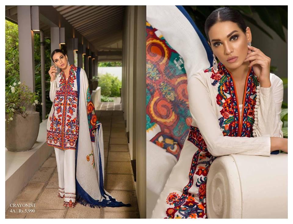5bd2a45737 Sana Safinaz Winter Shawl Collection 2018-19 - PK Vogue #sanasafinaz #winter  #shalwarkameez #pakistani #style