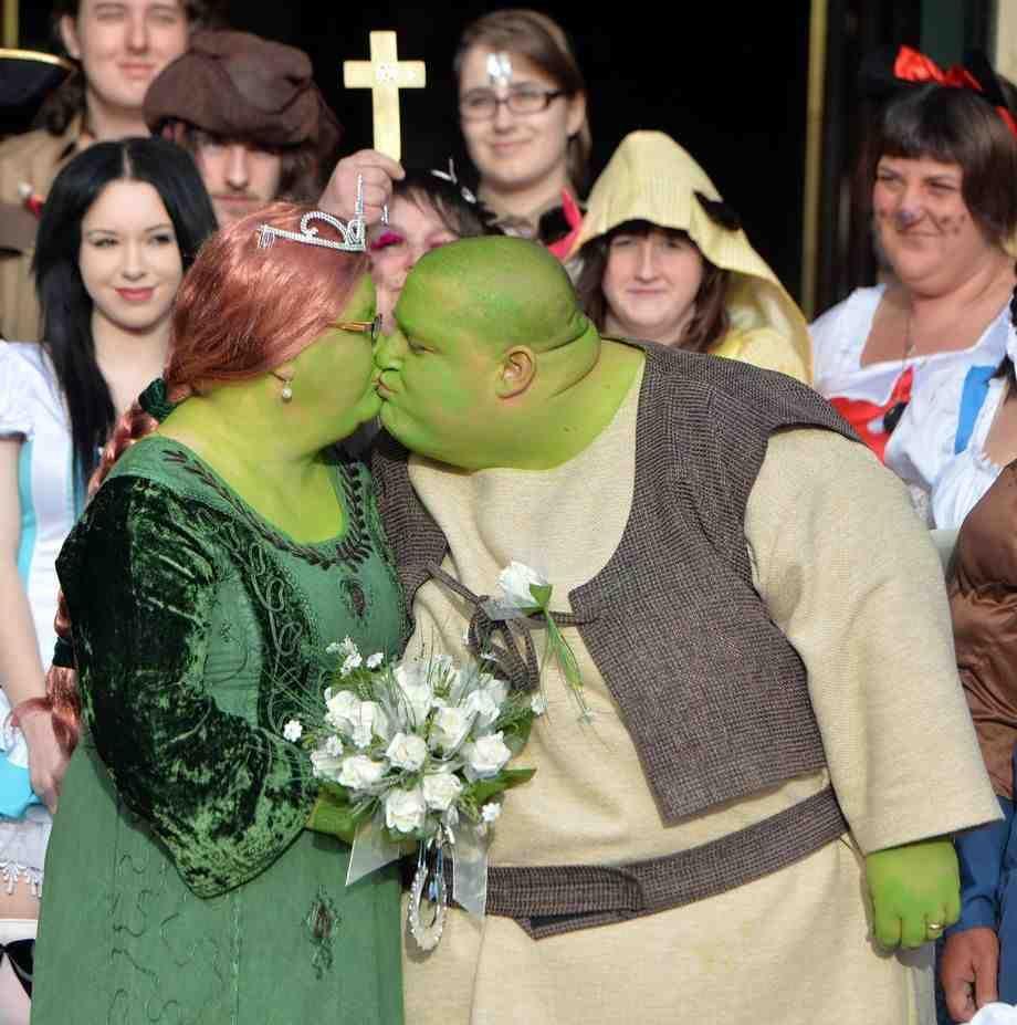 Princess Fiona Wedding Dress | princess wedding dresses ...
