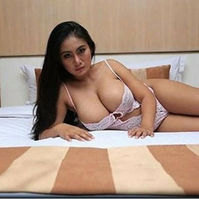 indonesia sexy babe pictures