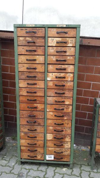 Vintage Multi Schubladen Schrank original VEB Fabrik in Berlin ...