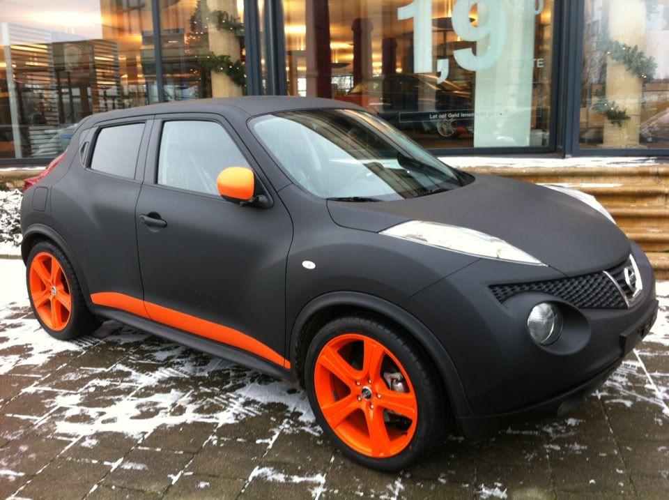 Nissan Juke With Matte Black Orange Lowered Custom Exhaust Juke