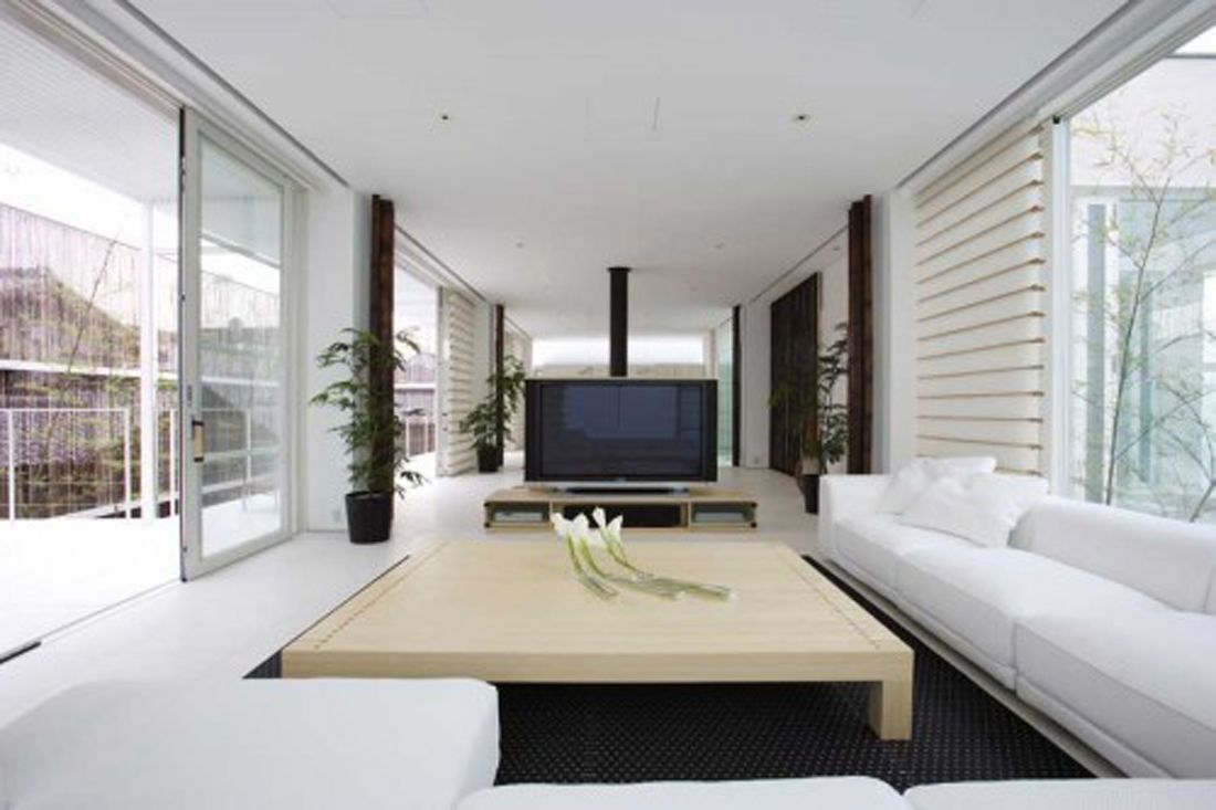 White Color Scheme Large Living Room Ideas with Great Square Shaped ...