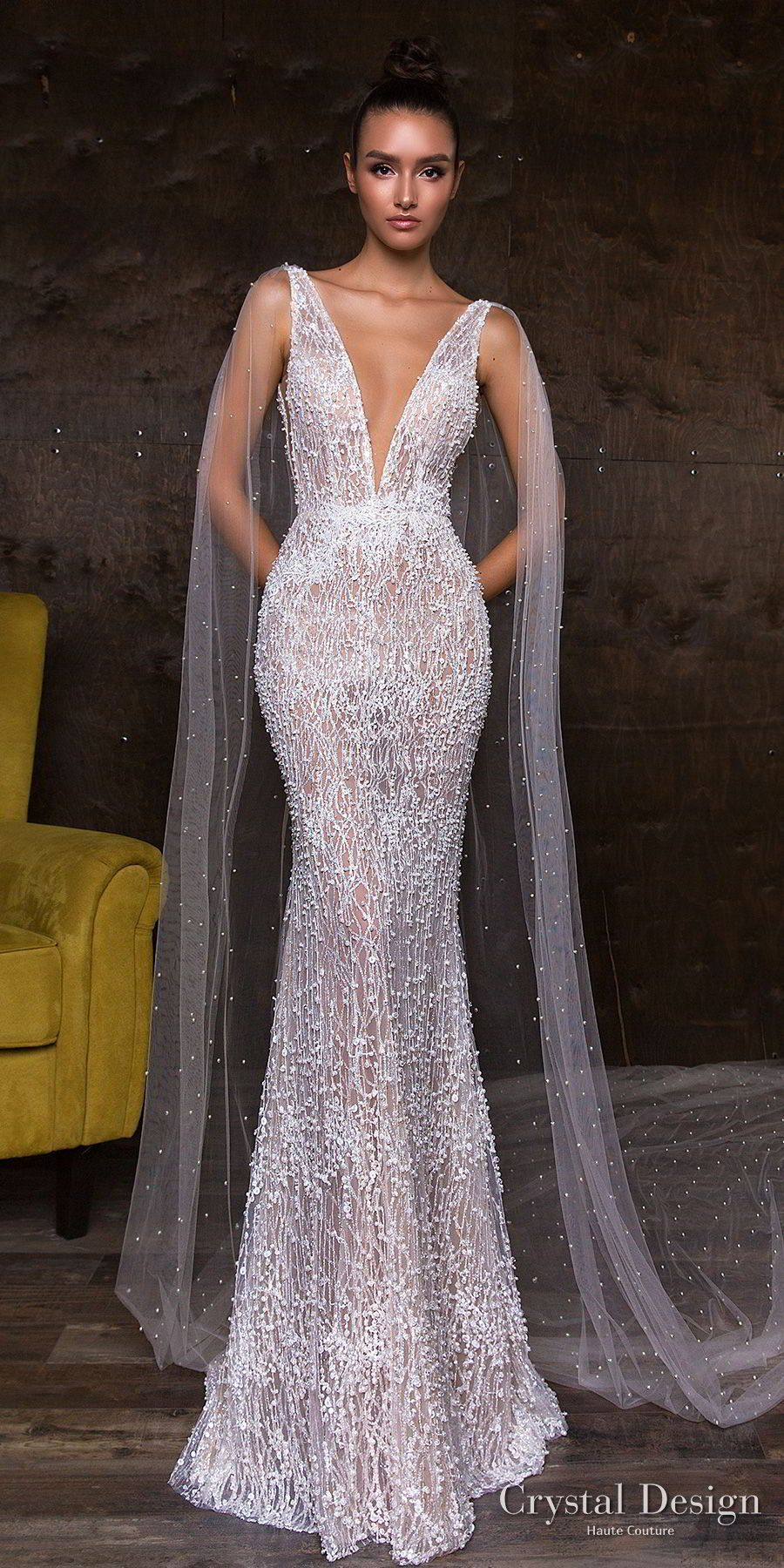 Crystal Design 2018 Sleeveless Deep V Neck Full Embellishment Elegant Glamorous Sheath Wedding Dress Sheer Back Watteau Train Leni Mv