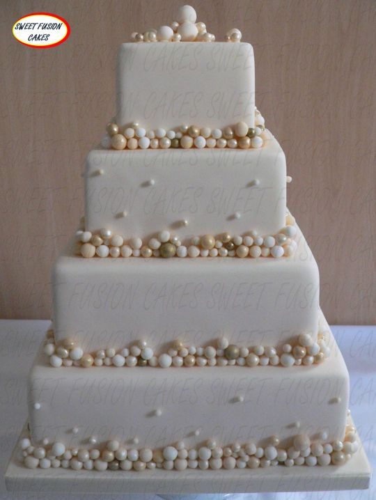 Champagne Bubbles Wedding Cake