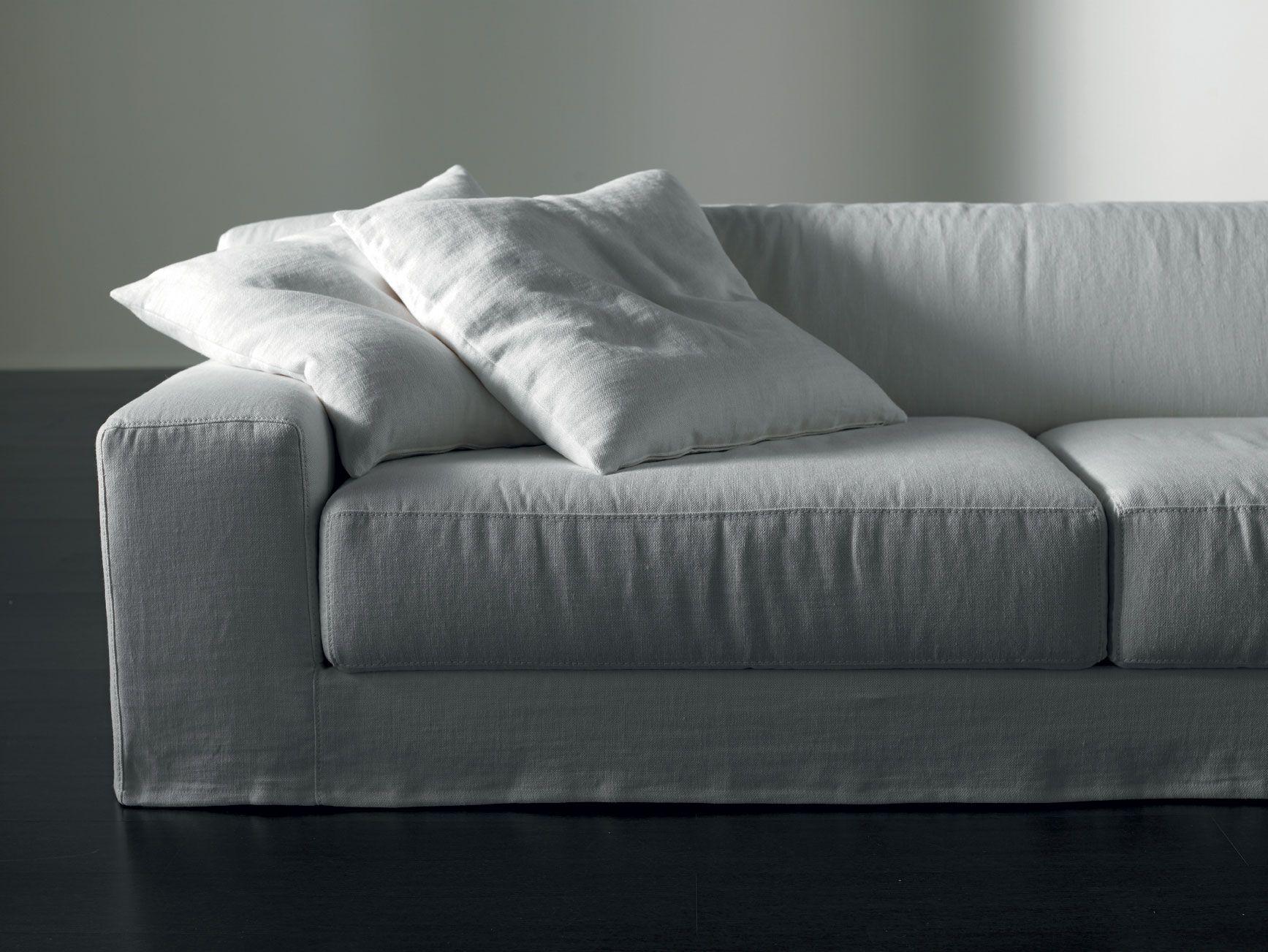 MERIDIANI Freeman Ghost Sofas