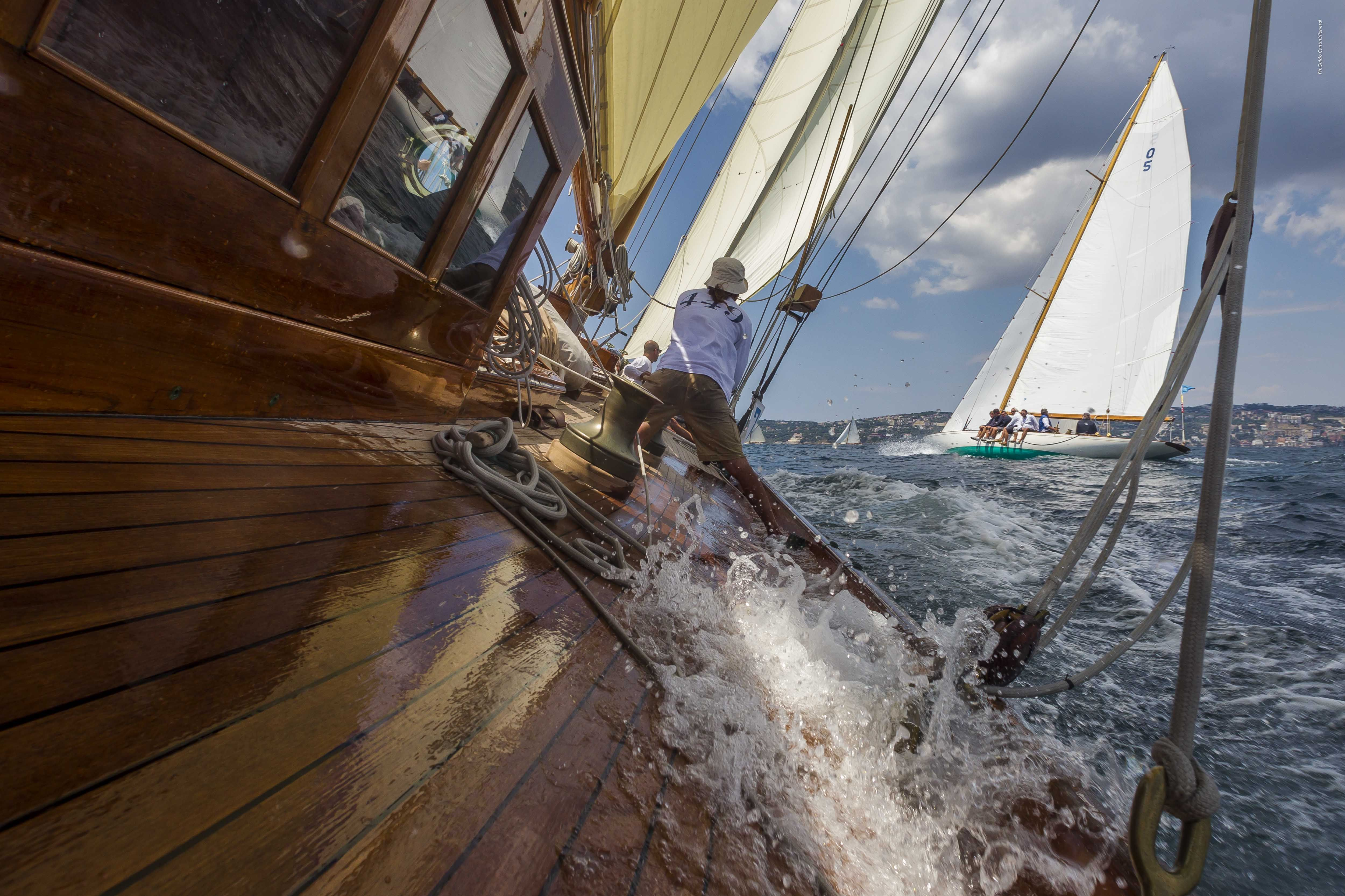 Klassische segelyachten  Panerai feiert zehn Jahre Leidenschaft für klassische Segelyachten ...