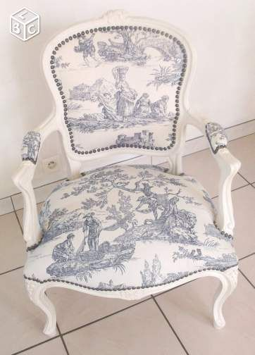 Fauteuil Ancien Style Louis Xv Remis à Neuf The House Of
