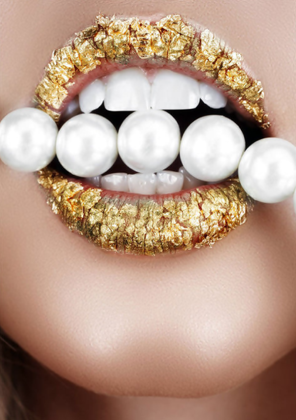 Pin By Dilek Uluman On Glam Gold Lips Glitter Lips Lip Art