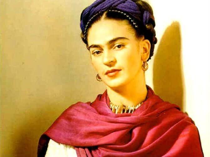 Frida oli nainen, joka sai koko maailman huomion osakseen ajatuksillaan elämästä, rikkoen 1900-luvun perinteitäkoko maailmassa.