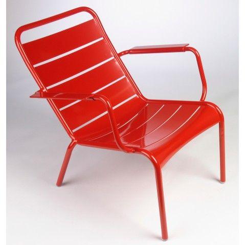 Lounger Chaise Longue De La Collection Luxembourg De Fermob Fauteuil Bas Mobilier De Jardin Contemporain Fauteuil Bas De Jardin
