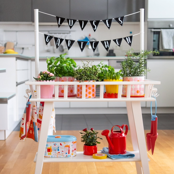 Photo of IKEA Hack für Kinder: DIY Gärtchen Garten