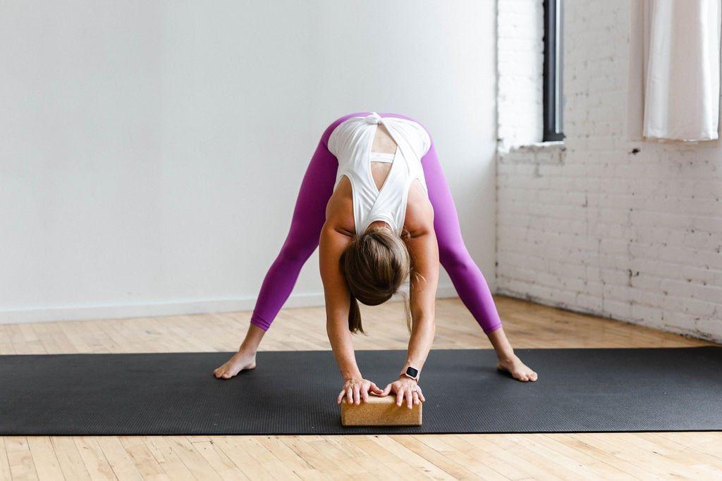 Prenatal Yoga: 15-Minute Yoga Flow at Home | Nourish Move Love