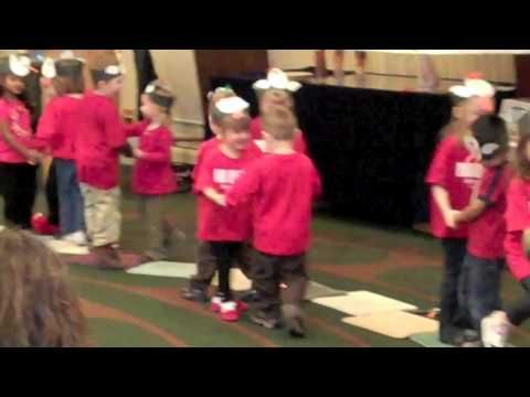 Chicken Dance fun for preschoolers Justin Bieber (Baby ...