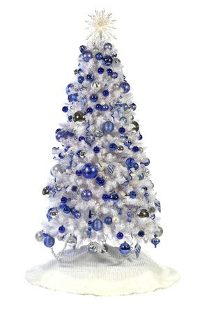 i love the snowy feeling of blue white and silver for christmas trees - White Christmas Tree Blue Lights