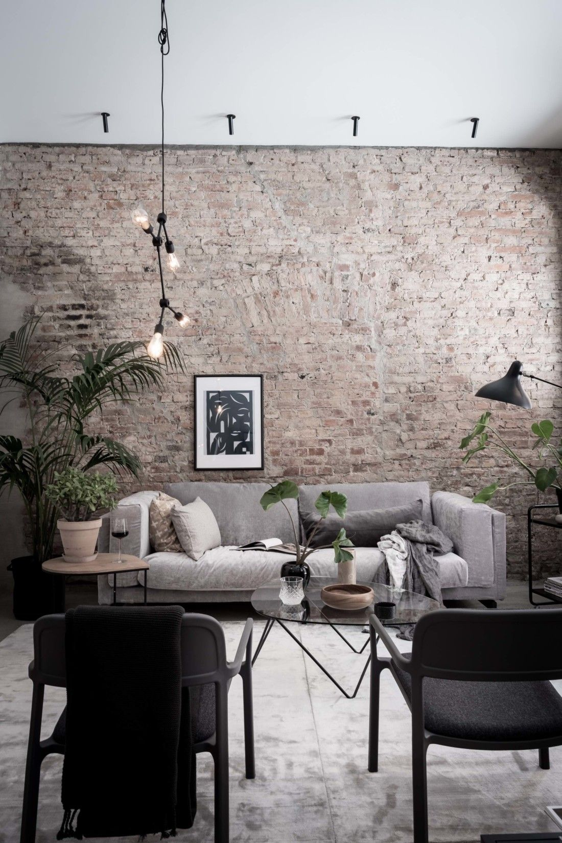Exclusive Home With An Exposed Brick Wall Designhem Modern