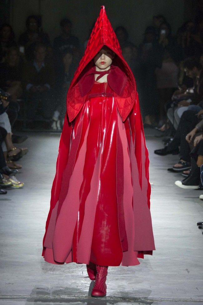 Comme des Garcons ready-to-wear spring/summer '15 gallery - Vogue Australia