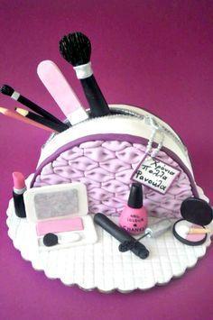 Relativ makeup #cake #maquillage #beautyaddicts #gateau | Idées gâteaux  WM86