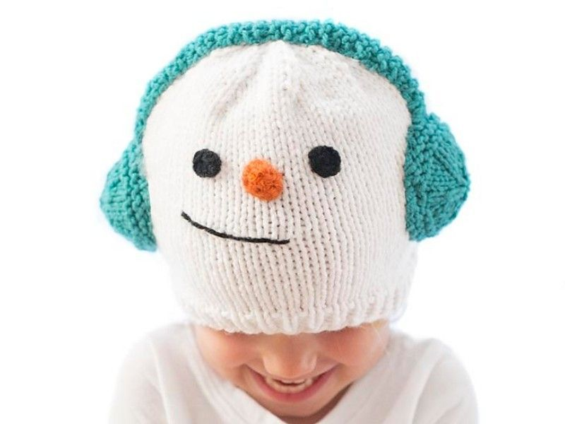 Sweet Christmas Hats Free Knitting PatternsHow do you imagine the perfect knitted hat for this Christmas season? It should be super warm, obviously! What else? Well, it should evidently keep you comfy and happy and spread some festive spirit around. Today's selection of Sweet Christmas Hats certainly ticks all the boxes.#knittedhat #christmashat #snowmanhat