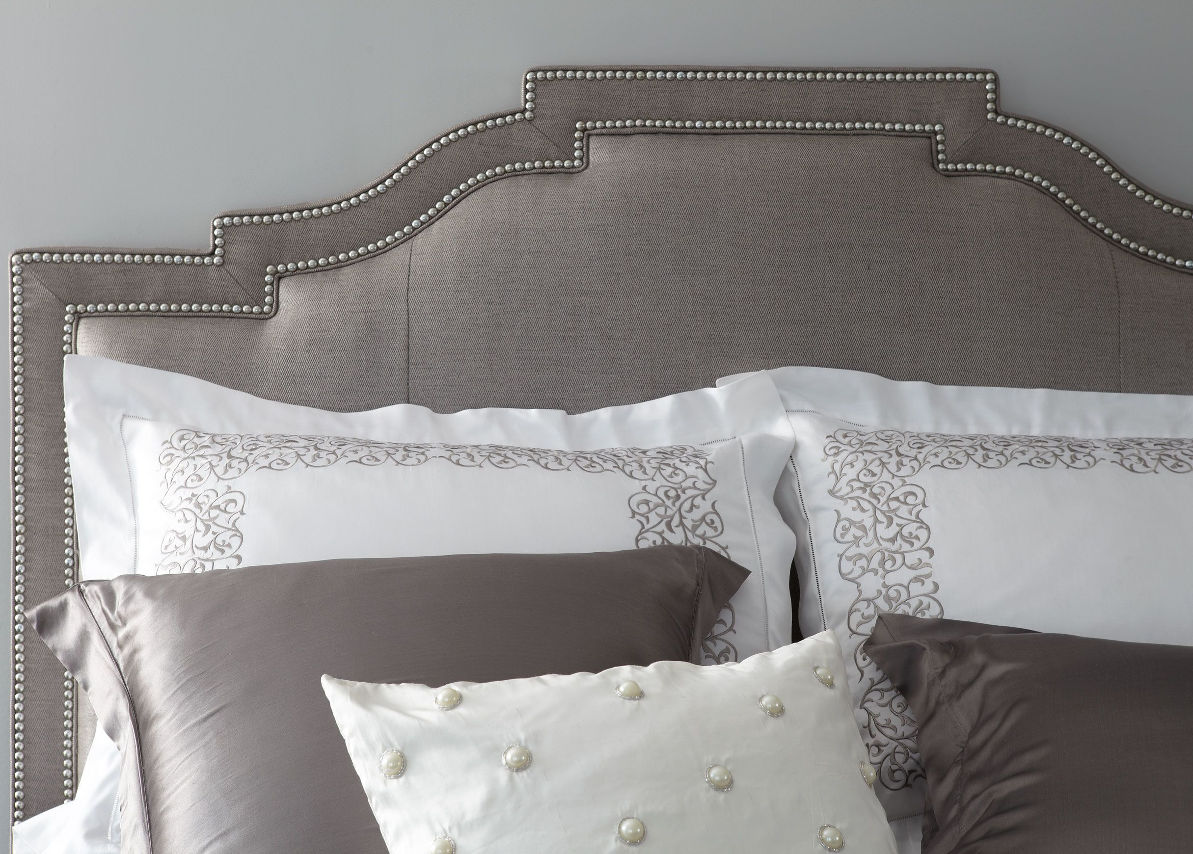 Quinn Bed With High Footboard Ethan Allen Myagkaya Mebel Mebel