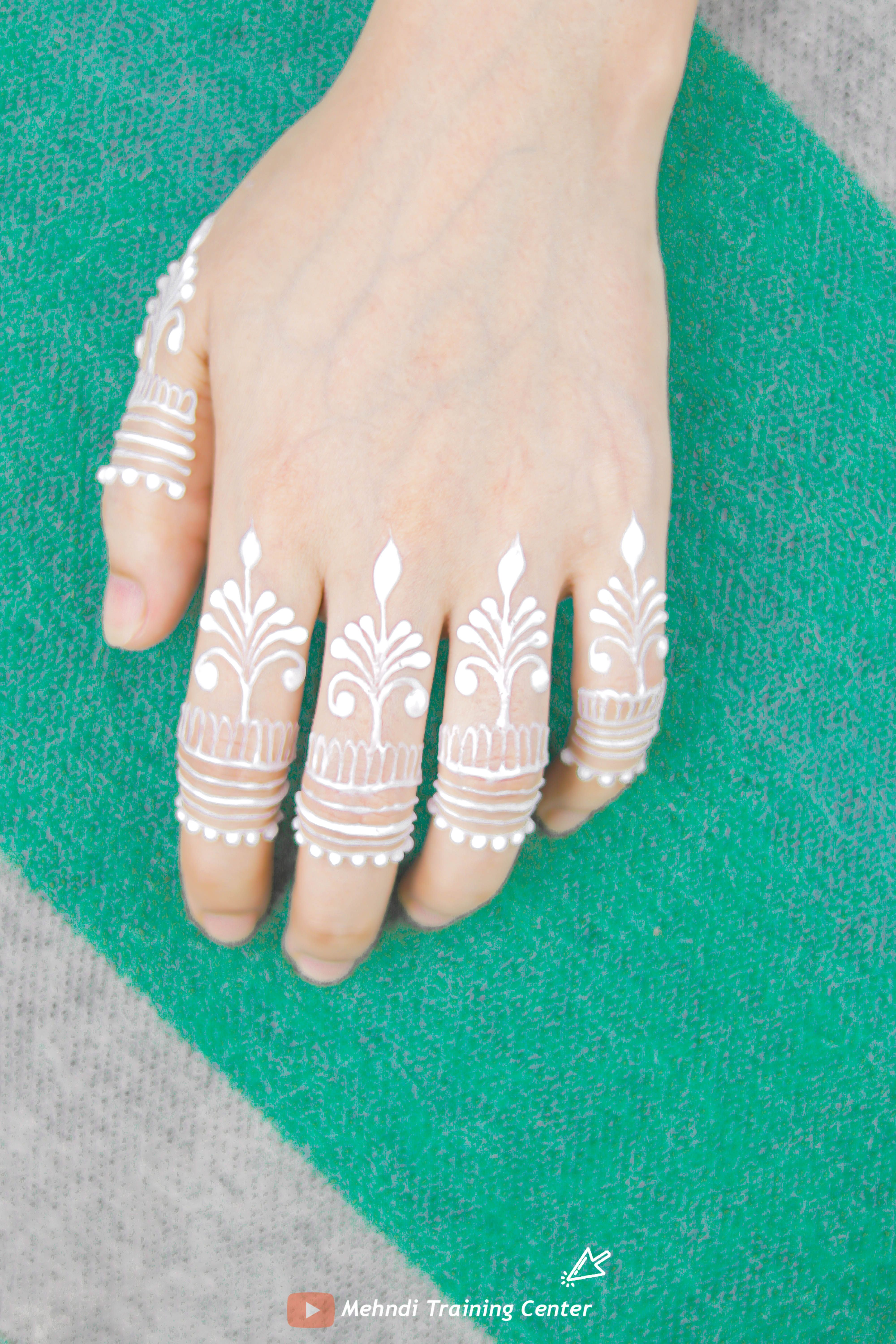 How to apply easy simple beautiful white henna fingers