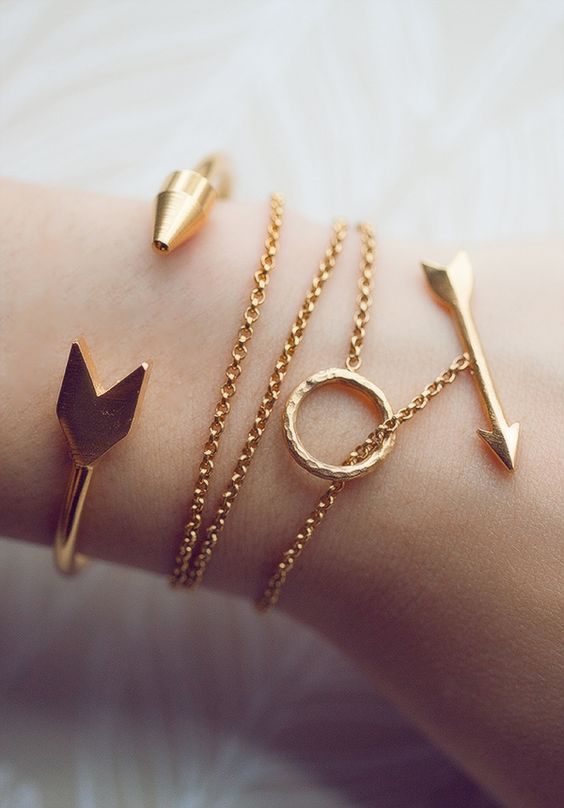 20 Pretty Bracelets For All The Beautiful S Trend To Wear
