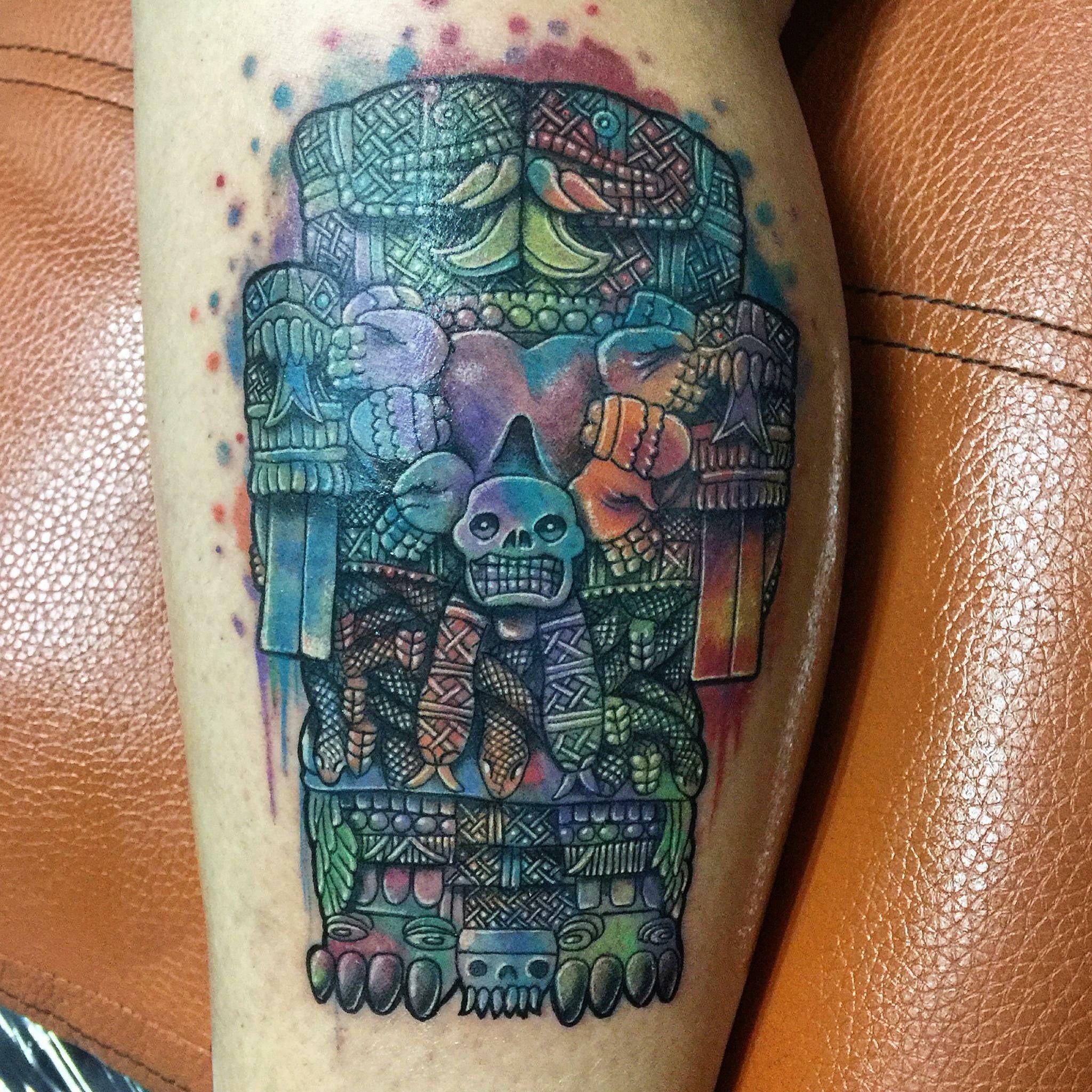 Coatlicue Tatuaje Echo Por Osvaldo Castillo Técnica Acuarelismo