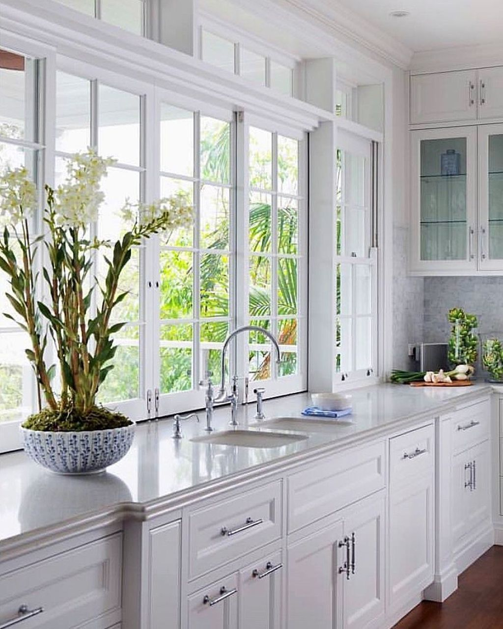 9+ Gorgeous Kitchen Windows Ideas That Are Perfect For Your ...