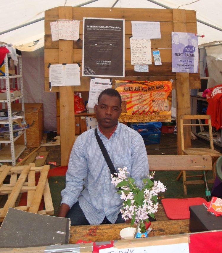 Flüchtlingscamp - Hunger und Isolation mitten in der Hauptstadt