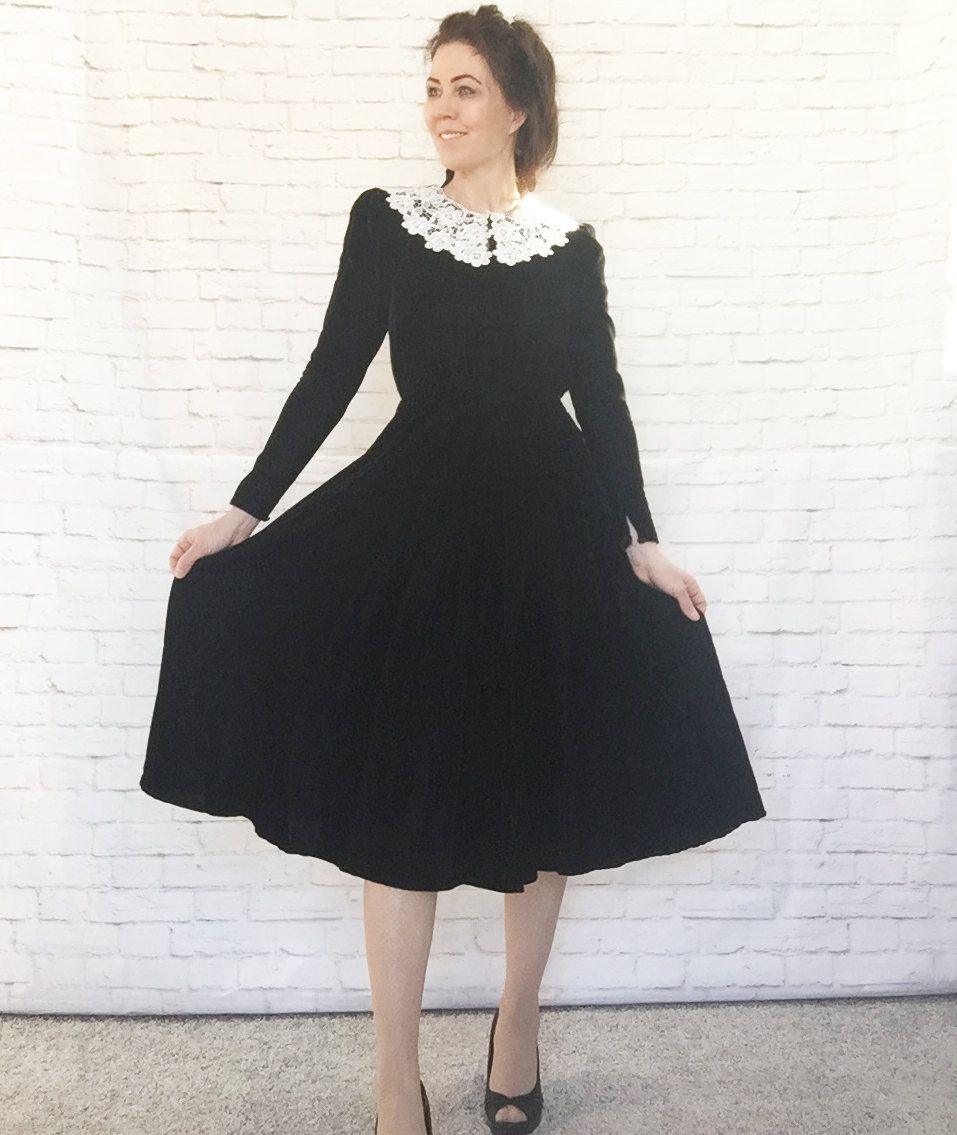 Vintage 80s Does 40s Black Velvet White Lace Doily Collar Midi Etsy Puffed Long Sleeves Dresses Dress 80s Style [ 1135 x 957 Pixel ]