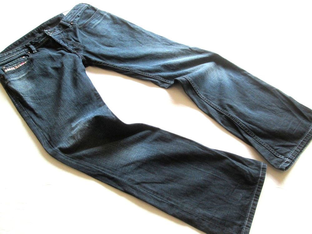 e4d2c32e0 Men s Diesel  Zathan  Regular Bootcut Jeans. Wash 60F. W34 L32. Great  Condition.  fashion  clothing  shoes  accessories  mensclothing  jeans  (ebay link)
