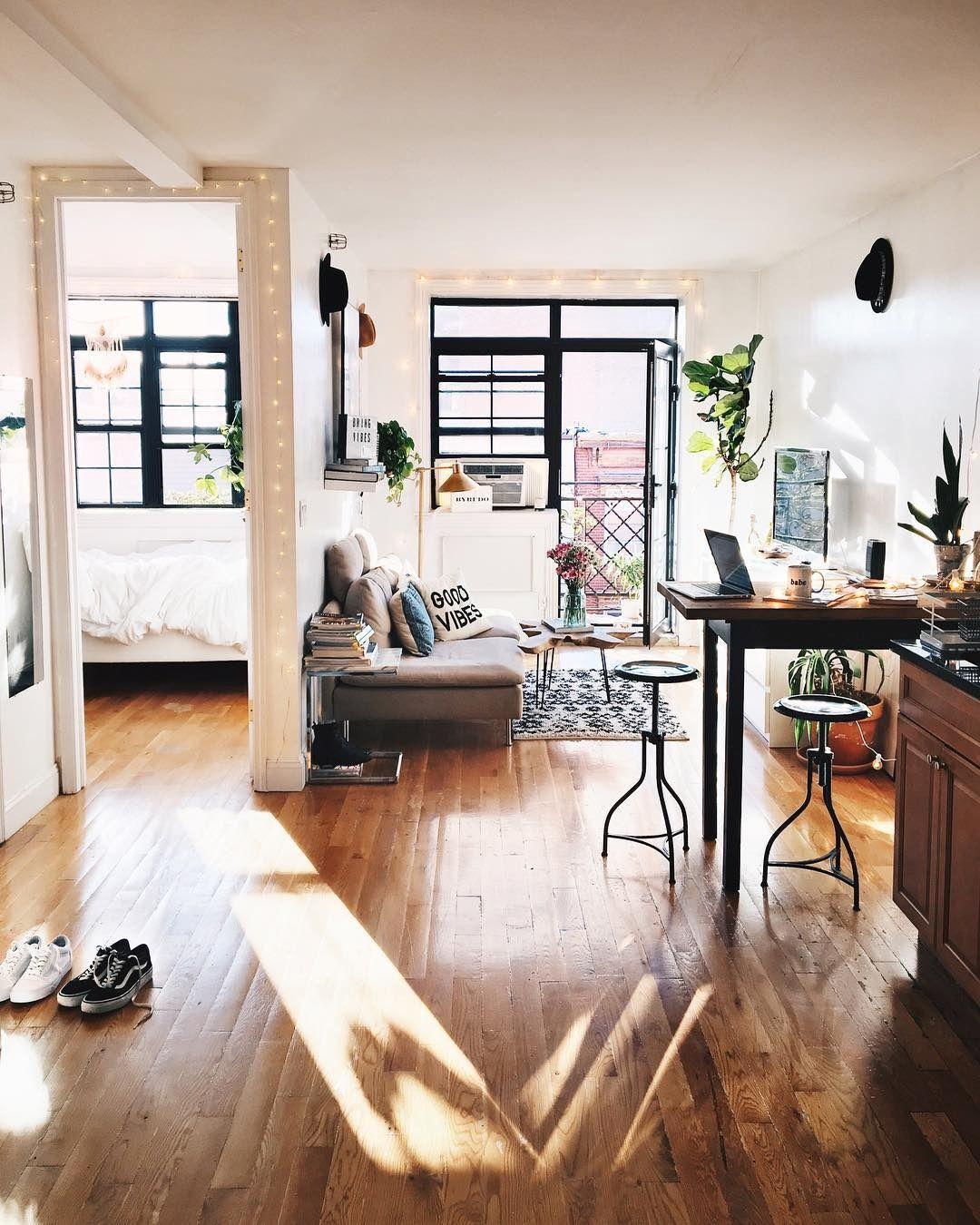 Guirlande lumineuse autour des portes home en 2018 pinterest maison appartement et - Guirlande lumineuse salon ...