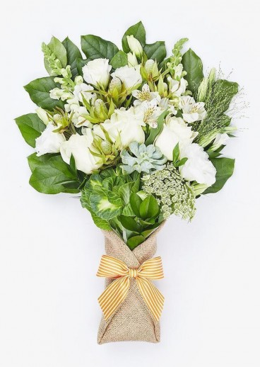 The Clarissa Online Flower Delivery Singapore Online