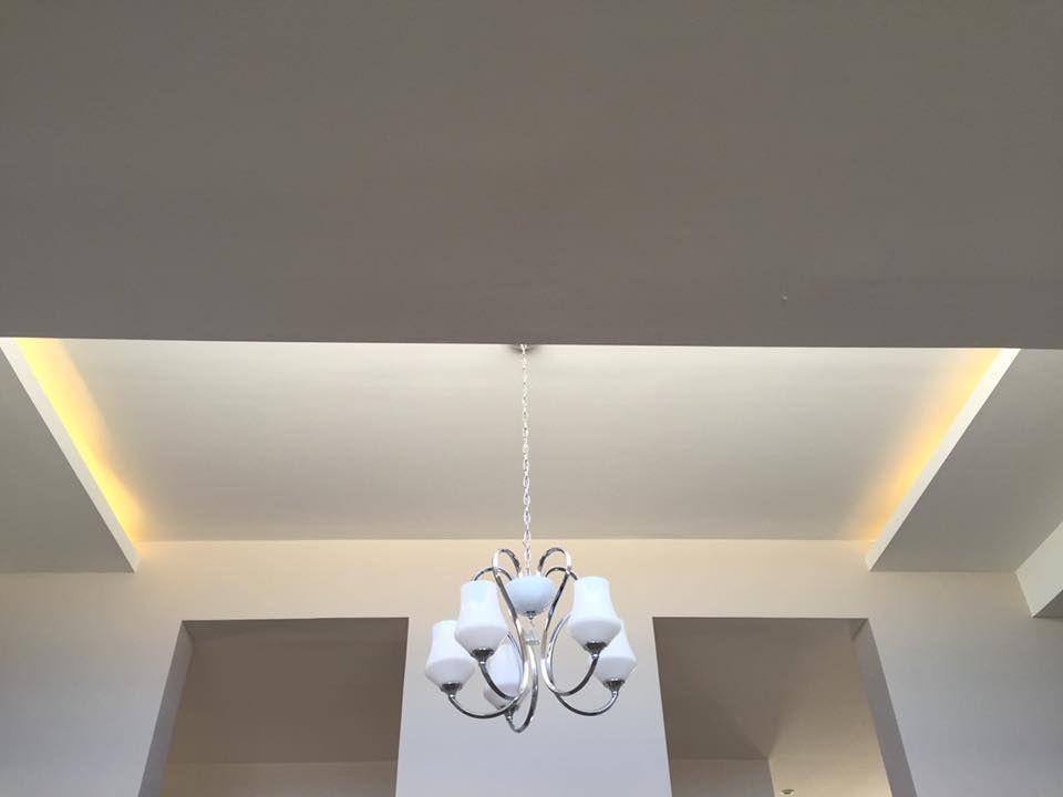 Diseño de plafón e iluminación.