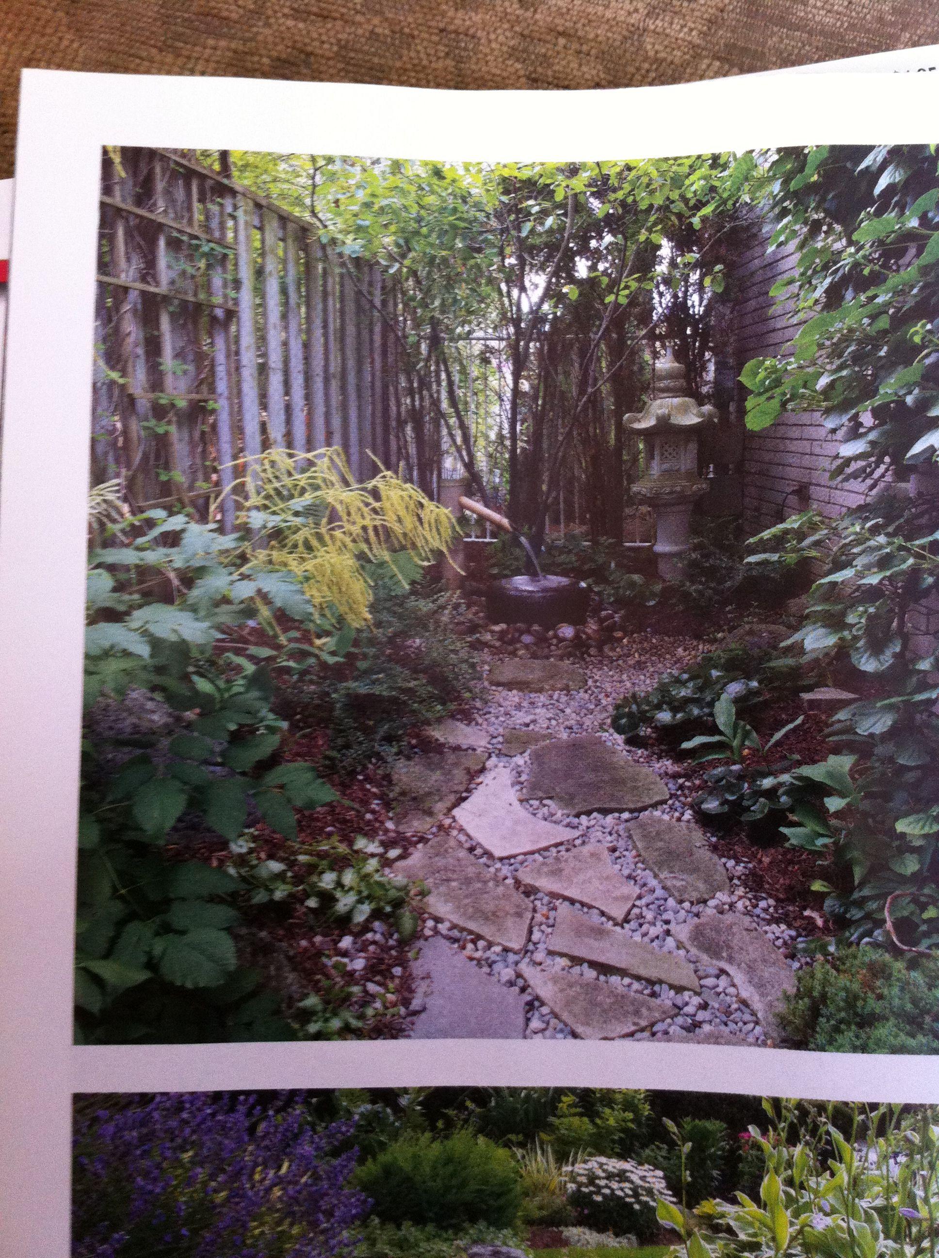 garden path idea smaller flagstone with gravel plants on on extraordinary garden stone pathway ideas to copy id=85920