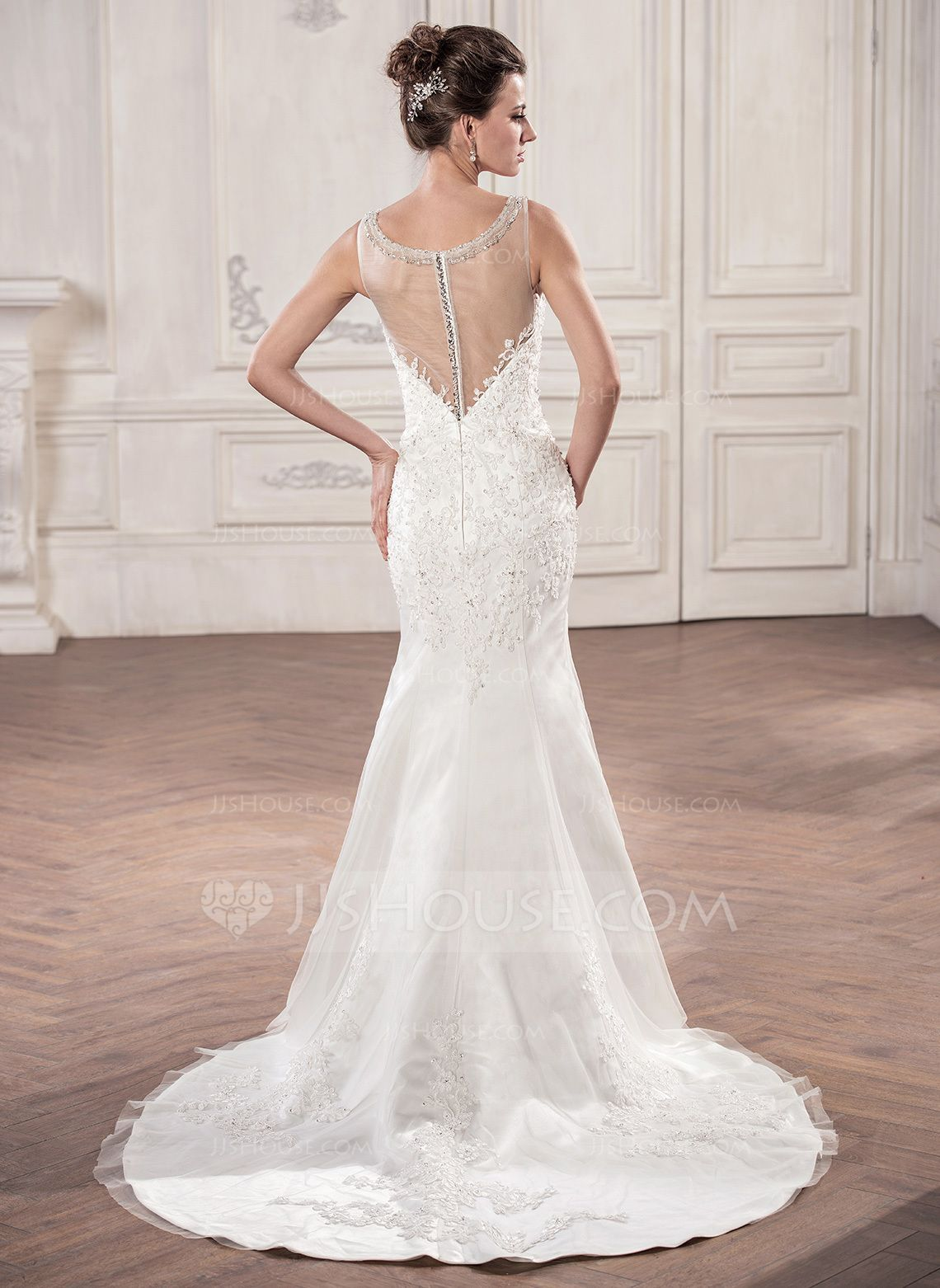 Trumpetmermaid vneck court train tulle wedding dress with beading