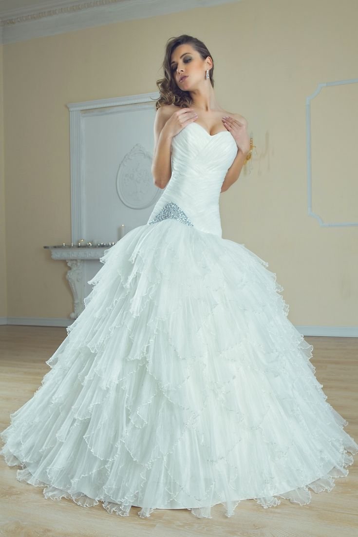 Grab Ideas For Your Favorite Wedding Dress Using Our Huge Wedding ...
