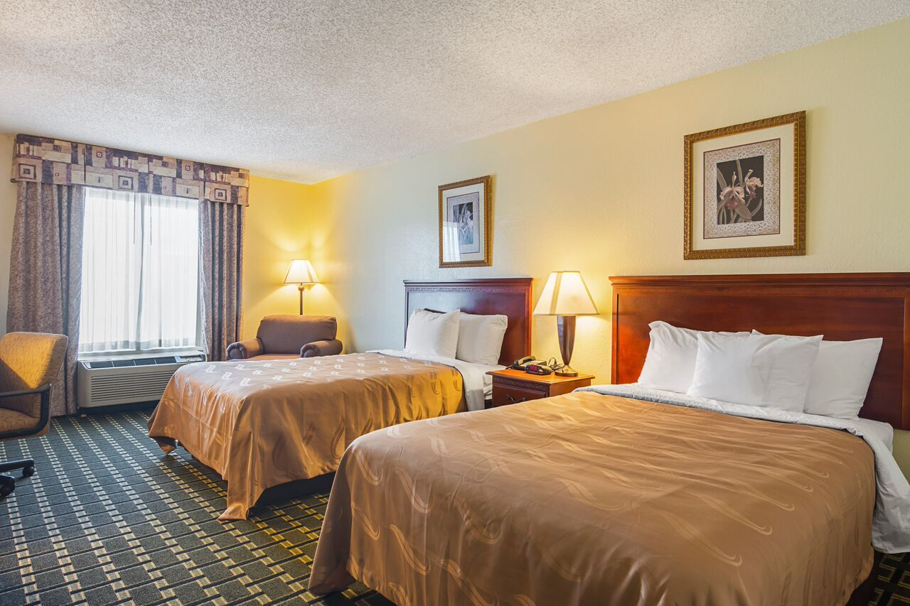 Quality Inn Duluth Hotel For Bed and Breakfast in Duluth