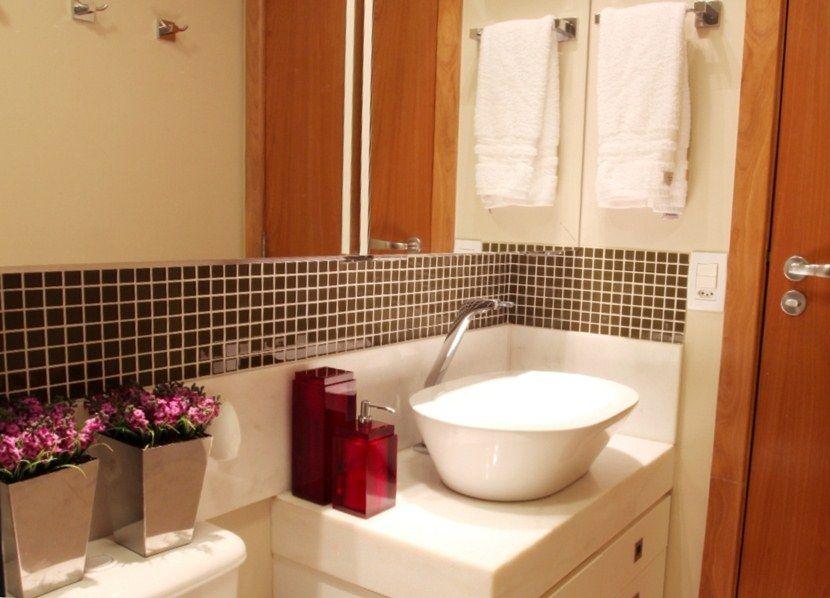 decorarbanheiropequenoespelho02  Ideias para Banheiros  Pinterest  Ban -> Banheiros Modernos Marrom