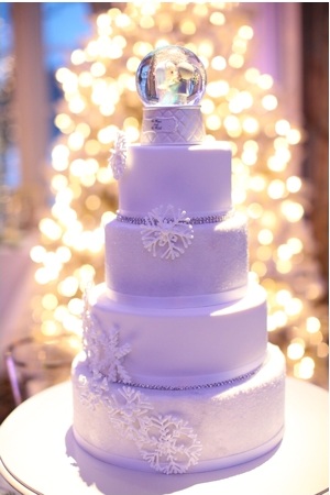 Snow Globe Wedding Cake Topper A Winter Wonderland Isn T Complete Without Little That Is Just Picture Miniature Statues Made To