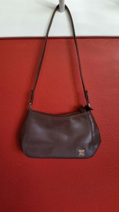 e8061b7c1f7 Small brown liz clairborne purse  lizcalibornepurse  lizclaiborne ...