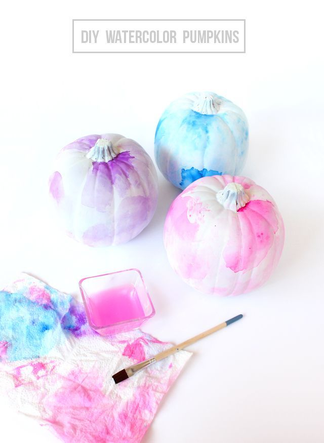 DIY Watercolor Pumpkins - such a fun and surprisingly easy way to - how to make pumpkin decorations for halloween