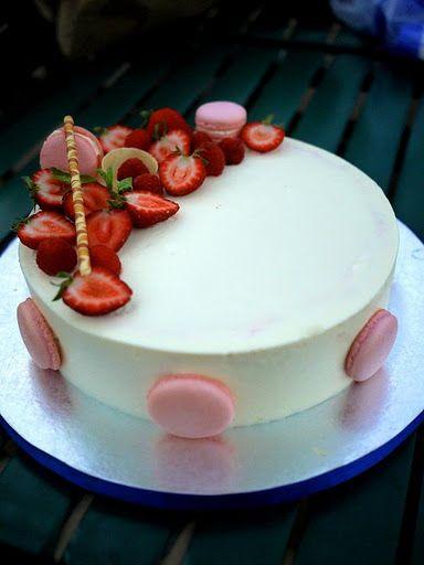Strawberry pistachio mascarpone mousse cake wow this the - Mousse decoration ...